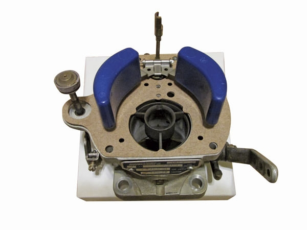 The Right Mix: An Aircraft Carburetor Overview