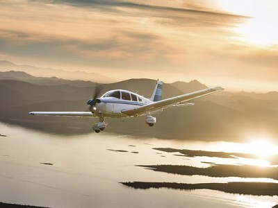 """""""Bold Warrior"""": A New Pilot Buys a Piper PA-28-151 for Training & Traveling"""