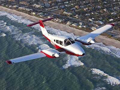 Everypilot's Light Twin: The Piper PA-44 Seminole