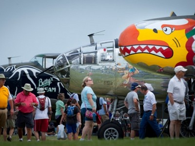 Historic Flights, Great Aviators, Latest Innovations Featured at Eaa Airventure Oshkosh 2017